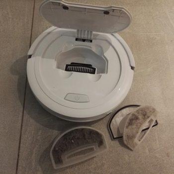 test et avis robot aspirateur AMIBOT Swift réservoir